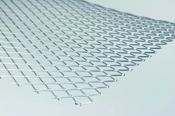 Expanded Metal Lathing Galvanised 2500mm x 700mm provides a key for lightweight plasters over small openings