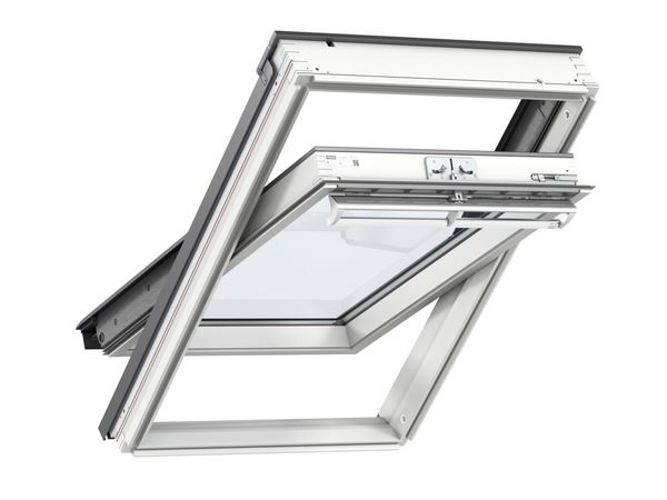 Velux White Painted Centre Pivot Roof Window 550 x 980mm